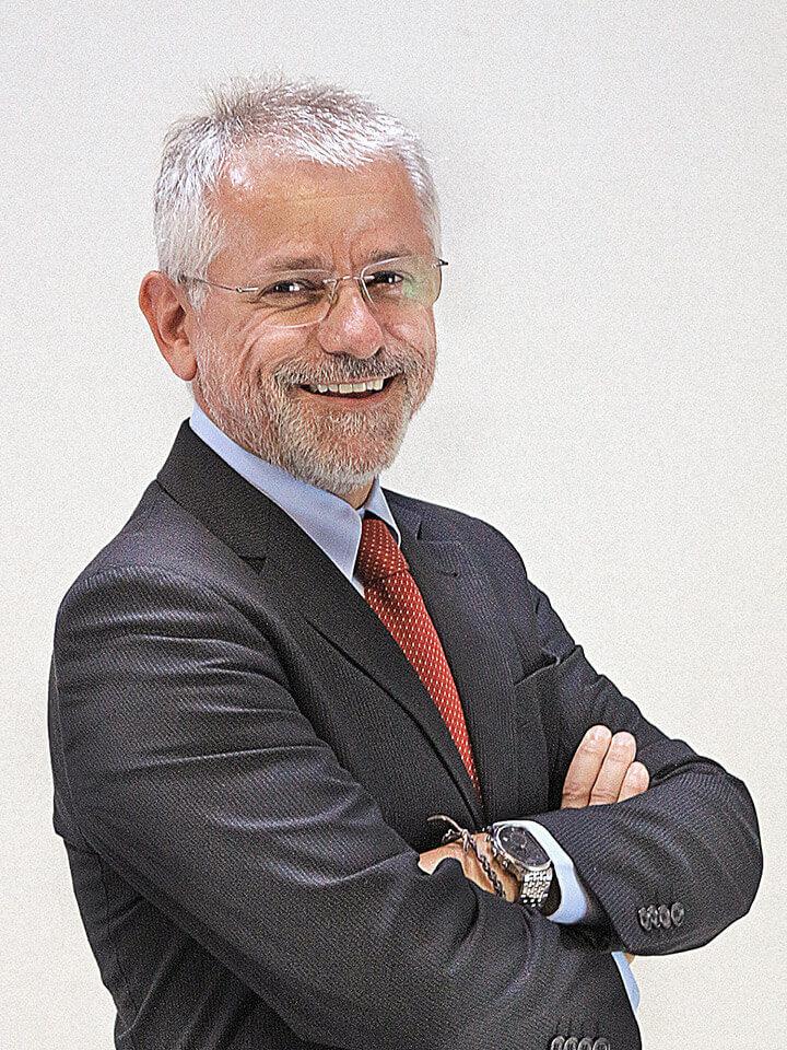 diretor-geral-carlos